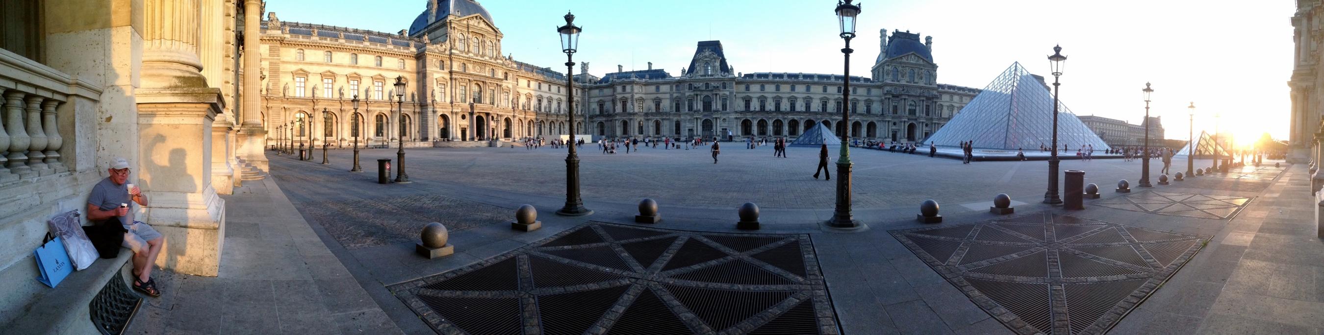 01 Barney Paris louvre panoramic